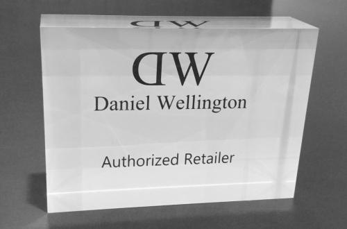 Daniel Wellington.